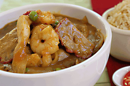 "招牌咖哩 ""Golden Dragon"" Curry Special (Prawns, Chicken and Char Siu)"